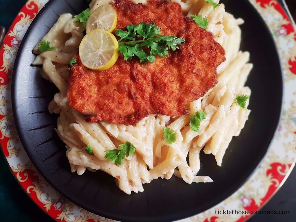 Crispy-chicken-with-Garlic-Pasta