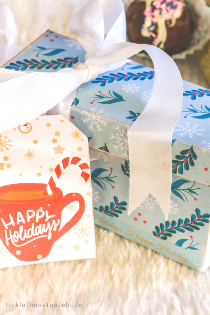 Holiday-Guft-Box-design